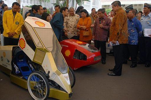 Brenstoffzellen Car Made in Indonesia Foto-Quelle: Jakarta Post
