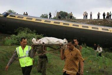 Umgestürzter Wagon Foto-Quelle: Jakarta Post