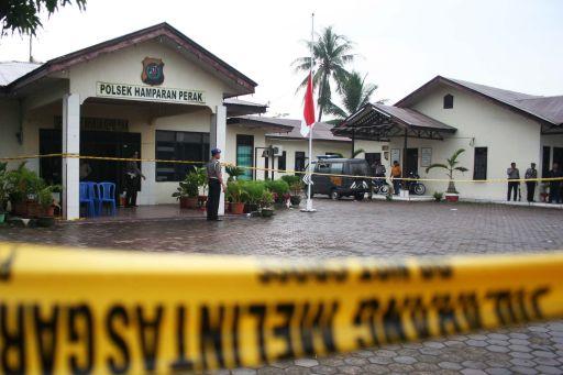 Die Polizeistation wurde abgesperrt Fotoquelle: Jakarta Post