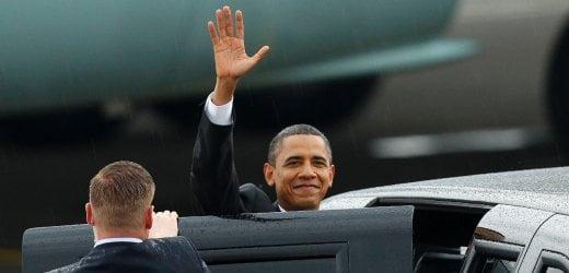 Obama bei der Ankunft in Jakarta Foto: REUTERS Fotoquelle: spiegel.de