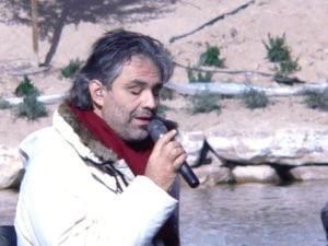 Andrea Bocelli bei einen Liveauftritt Foto: Dovywiarda