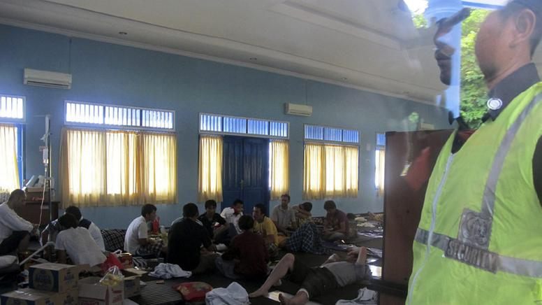 33 Menschen konnten bei dem Schiffsunglück gerettet werden. (Foto: REUTERS) Fotoquelle: http://www.tagesschau.de