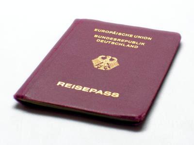 Diskussion über doppelte Staatsbürgerschaft eingeläutet / Foto: motograf / pixelio.de
