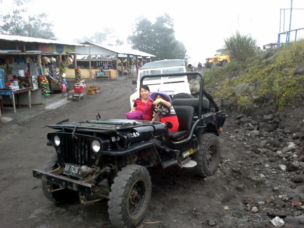 Mit diesem Jeep, ging es über Stock und Stein
