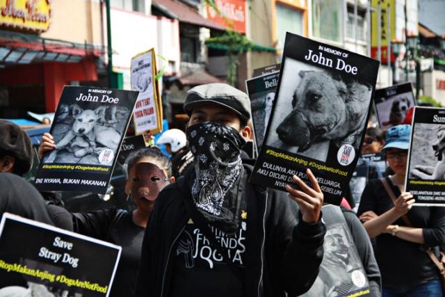 Foto: www.thejakartapost.com/news/2015/04/05/save-animals.html