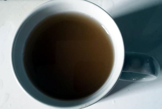 Das ist kein frischaufgebrühter Kaffee, diese Brühe kommt tatsächlich aus dem Wasserhahn