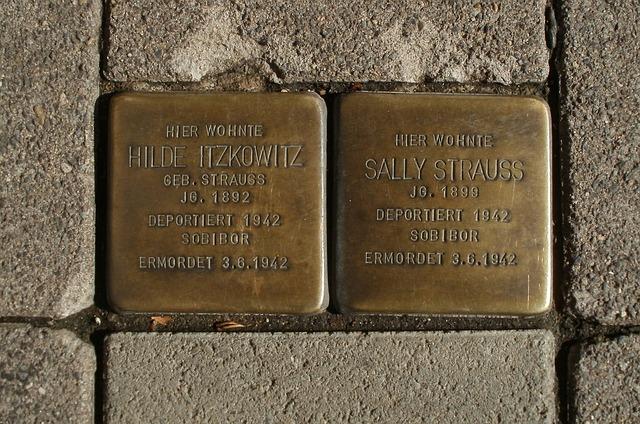 Stolpersteine in Deutschland für ermordete Juden der NS-Zeit. Deutschland steht zu seinem begangenen Völkermord!