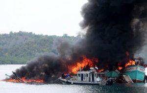 Zum 71. Jahrestag der indonesischen Unabhängigkeit wurden 60 Fischerboote versenkt / Foto: kompas.com