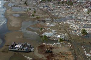 Indonesien gedenkt Tsunamiopfer