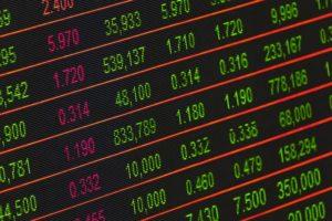 JP Morgan stuft Staatsanleihen herab – Regierung tobt