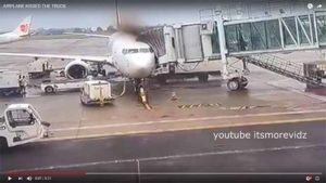 LKW prallt in Passagierflugzeug / Screenshot Youtube
